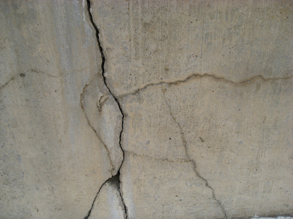 5 Signs That Indicate a Possible Structural Damage to Your Home